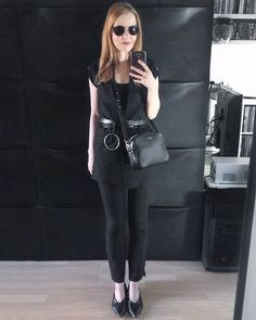 """152 Likes, 7 Comments - Gabriella Buzas (@epicstreetstyle) on Instagram: """"More summer black 🌞☀ . ."""" minimal all black chic smart look outfit wiw whatiwore ootd outfitinspo"""