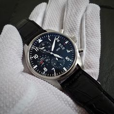 REPOST!!!  www.fullywound.com  IWC  International Watch Co  FLIEGERUHR Pilots Watch Ref. 3777 Cal.79320  The Pilots Watch In the world of horology there are certain indelible associations. Like the Omega Speedmaster and NASA, or the Heuer Autavia and Formula 1. Since its inception, IWC has had deep ties to the world of aviation. They make pilot's watches for pilots with pilots' needs in mind. Although the brand has built a following through its dive and dress watches, it's with the pilot's…