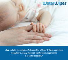 WaterWipes A Világ Legtisztább Törlőkendője Holding Hands