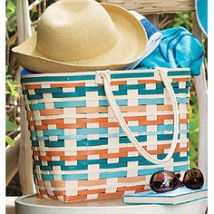 Hit the beach with this fun Large Boardwalk Basket in Coral Reef.