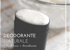 Deodorante naturale olio di cocco e bicarbonato Eco Beauty, Make Beauty, Beauty Tips, Essential Oils Soap, Handmade Cosmetics, Body Hacks, Solid Perfume, Beauty Routines, Soap Making