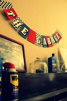 The garage - Pit crew - room theme?