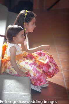 Los niño o pajecillos es lo  mas tierno de las bodas siempre hay que tener presente en sacar una buena foto de los momentos que ellos generan