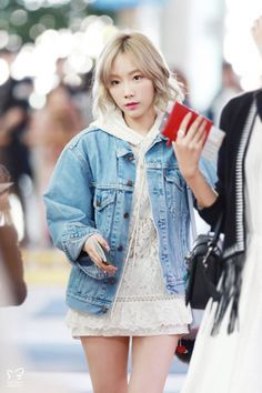 GIRLS GENERATION, the best source for photography, media, news and all things related. Snsd Airport Fashion, Taeyeon Fashion, Kpop Fashion, Korean Fashion, Girl Fashion, Fashion Outfits, Girls Generation, Girls' Generation Taeyeon, Cute Skirt Outfits