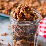 Easy apple pie granola made with fresh apples, because dehydrated apples just doesn't cut it. Breakfast or healthy snack, you pick! So perfect for fall and winter.
