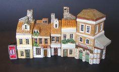 Miniature casette Londra Mini terre  E allora? Potevano mancare delle riproduzioni di questa capitale? Ovviamente no.  (, casette, miniature, mini, terre, land, miniterre, creta, clay,  collezione, hobby, casette in miniatura,  little houses, mini land, )