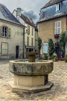 Saint-Yrieix-la-Perche, Limousin (visited July very pretty old centre). Limousin, Poitou Charentes, Garden Fountains, French Countryside, South America Travel, Old Buildings, Renoir, Beautiful Places To Visit, Beautiful Buildings