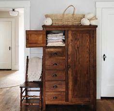 home decor linen closet Farmhouse Bedrooms Farmhouse Furniture Interior Decorating, Interior Design, Interior Colors, Interior Plants, Interior Modern, Interior Ideas, Interior Inspiration, Cozy House, Cheap Home Decor