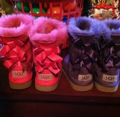 #uggs #bows