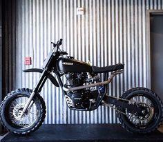 #Honda #cb450k #tracker #scrambler #croig