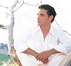 Juan Diego Florez, the tenor from South America. born January 13, 1973)[1] is a Peruvian operatic tenor, particularly known for his roles in bel canto operas. On June 4, 2007, he received his country's highest decoration, the Gran Cruz de la Orden del Sol del Perú.[2]