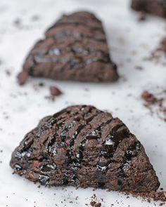 Este brownie crocante vai calar a boca de quem acha que três é demais