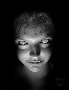 Their eyes often appear dead or like dark balance deep holes Arte Horror, Horror Art, Animes Emo, Dark Art Photography, Vintage Halloween Images, Dark Spirit, Ange Demon, Creepy Pictures, Dark Tattoo