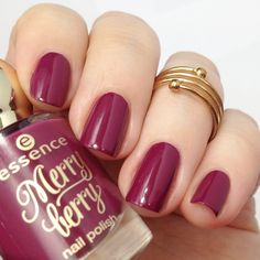 essence merry berry 03 pink & perfect nail polish