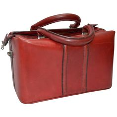 Vintage Italian Red Leather Satchel or Doctors Bag 7.28Hx12.6Wx7.09D