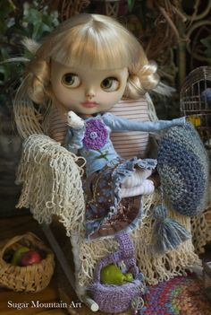 Amazing Grace. Sugar Mountain Tee Top, Crocheted Juliet Cap, Leggings, Crocheted Market Bag And Cotton Skirt For Blythe Doll