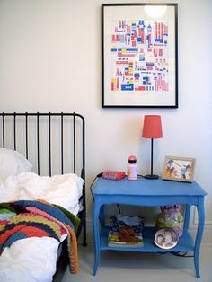white walls in kids' room, I have a side table that could be painted like this for a room