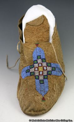 hindu singles in moccasin Native made women's moccasins, beaded hand beaded indian black moosehide leather moccasin indian black genuine moosehide leather moccasins single sole.