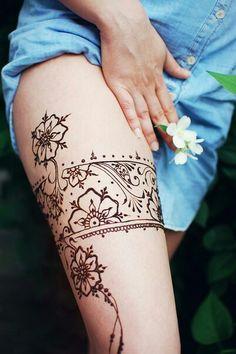 Best Henna Art Designs for Thai Cool Henna Designs, Henna Designs Feet, Mehndi Designs 2018, Mehndi Designs For Fingers, Beautiful Henna Designs, Henna Tattoo Designs, Tattoo Designs For Women, Art Designs, Henna Tattoo Hand