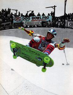 Marina del Rey Skatepark - The Dog Bowl Old School Skateboards, Vintage Skateboards, Skate 4, Skate Park, Skateboard Pictures, Skateboard Art, Sims Snowboards, Skate Photos, Skate And Destroy