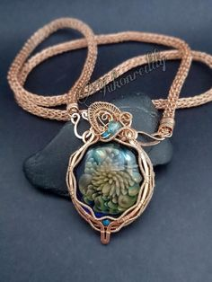 That bronze viking knit chain was very hard on my hands and I don't know how soon I will be working with it again in this fashion. Back to silver and copper! Photo Jewelry, Glass Jewelry, Wire Jewelry, Jewelers Near Me, Viking Knit, Wire Wrapped Necklace, Wire Weaving, Latest Jewellery, Claddagh
