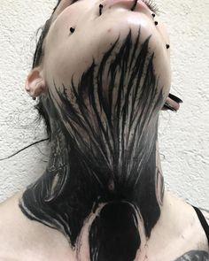 Search inspiration for a Blackwork tattoo. Black Art Tattoo, Dark Tattoo, S Tattoo, Chest Tattoo, Black Tattoos, Body Art Tattoos, Girl Tattoos, Sleeve Tattoos, Tattoo Neck