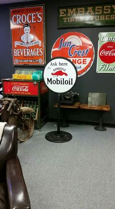 Awesome Porcelain Sign Collection! American Pickers, Gas Service, Porcelain Signs, Garage Signs, Sign Sign, Gas Pumps, Advertising Signs, Oil And Gas, Gas Station