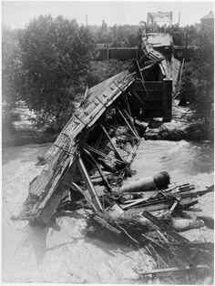 Bijou Bridge in 1913 Flood aftermath.