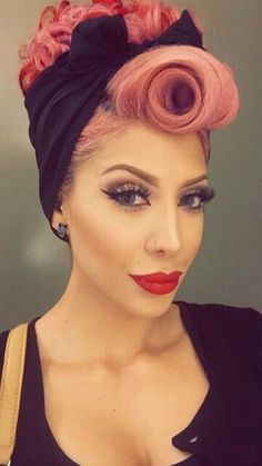 Vibrant fashion of a wild time # Hair Rockabilly Make Up, Rockabilly Stil, Rockabilly Fashion, Rockabilly Hairstyle, 40s Fashion, Fashion Hats, Retro Hairstyles, Wedding Hairstyles, Pin Up Hairstyles