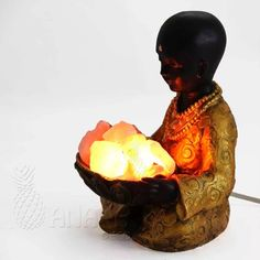 Lampara De Sal Buda Niño - Regalo Decoración - $ 350,00 en MercadoLibre Wood Sculpture, Sculptures, Feng Shui, Buddha, Zen, Feels, Pasta, House Design, Himalayan Salt Lamp