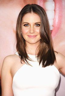 "Alison Brie Born: Alison Brie Schermerhorn December 29, 1982 in Los Angeles County, California, USA Height: 5' 3"" (1.6 m)"