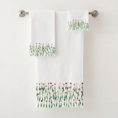 Towel Set - Terrific Tulips - spring gifts beautiful diy spring time new year