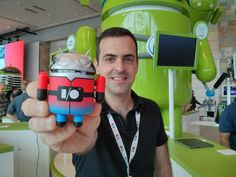 Android's Andrew Barra ditches Google for China's Xiaomi - http://vr-zone.com/articles/androids-andrew-barra-ditches-google-chinese-phone-maker-xiaomi/53751.html