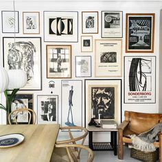 Trendy Living Room Wall Gallery Design Ideas Favorite Art deco Upholstery: Sofas and accent chairsArt deco chairs and couches in mature pastels are my absolute favorites! Find interior design ideas in my style guide Wall Design, House Design, Floor Design, Inspiration Wand, Industrial Wall Art, Cool Walls, Frames On Wall, Decoration, Room Decor