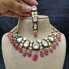 Royal Jewelry, India Jewelry, Gold Jewelry, Beaded Jewelry, Indian Wedding Jewelry, Bridal Jewellery, Bollywood Jewelry, Latest Jewellery, Kundan Set