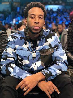 NBA All Star 2019: Ludacris | MARCA.com All Star, Mens Diamond Earrings, Nba, Ludacris, Shirt Dress, Stars, Celebrities, Boys, Mens Tops