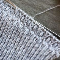 Crochet afghans 711216966132790186 - Ravelry: Project Gallery for Ephemeris pattern by Hunter Hammersen Source by Crochet Stitches Chart, Knitting Stiches, Loom Knitting, Knitting Needles, Free Knitting, Knitting Machine, Vintage Knitting, Knitting Designs, Knitting Projects