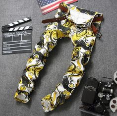 66.00$  Buy here - http://aliooh.worldwells.pw/go.php?t=32787488051 - Personalized fashion autumn new designer street jeans mens pants print slim straight trousers man feet pants men's yellow