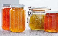 """Receta de Mermelada de té: 1/2 litro de té (proponemos """"Té Verde Yasumi""""), azúcar al gusto (bastante ya que es una confitura) y 1 sobre de gelatina neutra.  Preparación: Elaboramos el té elegido con la temperatura de agua y tiempo de reposo indicados, pero el doble de cantidad de la recomendada y añadimos azúcar. Preparamos la gelatina como se indica en su envase (sustituimos el agua por el té). Meter en frascos y dejar enfriar a temperatura ambiente antes de meter en la nevera hasta que…"""