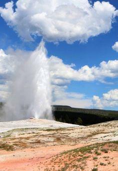 Old Faithful Geyser - Road Trip 2014 - Yellowstone or bust