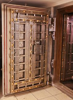 rookery building basement vault room safeguards remnants from its repairs and renovations / Urban Remains Chicago News and Events The Devil Inside, Wooden Main Door Design, God Pictures, Cabins In The Woods, Vaulting, Wooden Doors, Basement, Chicago, Events
