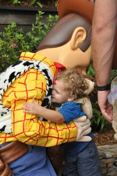 Preparing Your Child for Disney Character Greetings