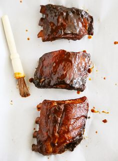 Slow Cooker Root Beer Baby Back Ribs - Tangy, tender and fall-off-the-bone good! Just 3 ingredients and made easily in your slow cooker. Thecomfortofcooking.com