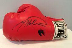 Autographed-Signed-Everlast-Boxing-Glove-Larry-Holmes-Rare-amp-Crisp