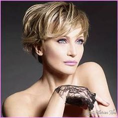 2018 Short Hairstyles for Women - LatestFashionTips.com #ShortHairStyles