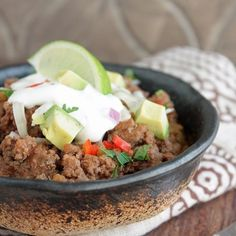 An easy low carb recipe for chili that takes only 10 minutes (or less!) to prepare! It's also gluten free and Paleo friendly!