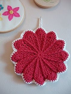 Fabulous trivet or potholder gift.  Easy to make.  Consider Christmas red and use green for the edging.