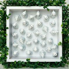 Cleide Saito, artiste, peintre,Suisse Advent Calendar, Holiday Decor, Frame, Green, Home Decor, Paint, Picture Frame, Decoration Home, Room Decor