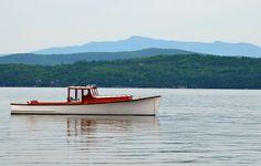 rozendaal-wooden-boat-Lake-Champlain-1080.jpg (1080×687)
