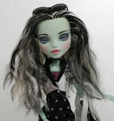 "Rusia 11"" 1 6 Ooak Custom Monster High Frankie Stein Repaint BY YU 